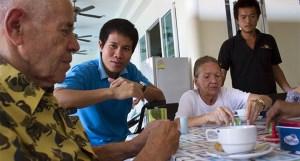 Ancianos-Tailandia-2-680x365